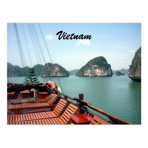 halong boat postcards