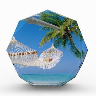 Hamaca de las vacaciones del paraíso de la playa