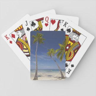 Hamaca y palmeras, centro turístico isleño de la p baraja de póquer