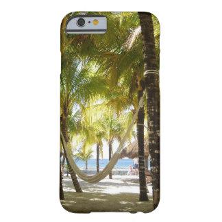 Hamaca y palmeras funda de iPhone 6 barely there