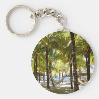 Hamaca y palmeras llavero redondo tipo pin