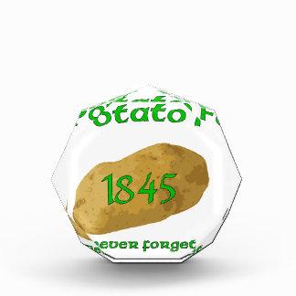 ¡Hambre irlandesa de la patata - nunca olvide!