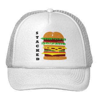 Hamburguesa triple apilada gorra