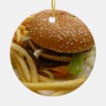 hamburguesa y fritadas adorno redondo de cerámica