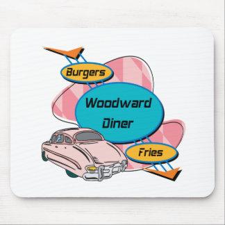 Hamburguesa y fritadas del comensal de Woodward Alfombrilla De Ratón