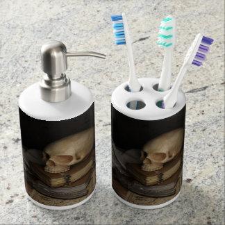 HAMbyWG -TB Holder and Soap Dispenser - Skull