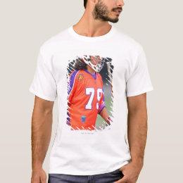 HAMILTON, CANADA - JUNE 25: Sid Smith #79 T-Shirt