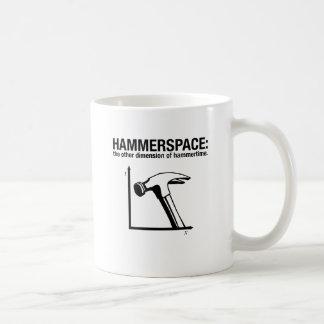 hammerspace: la otra dimensión de hammertime. taza básica blanca