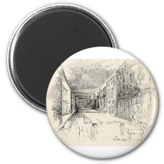 Hampton Court 2 Inch Round Magnet