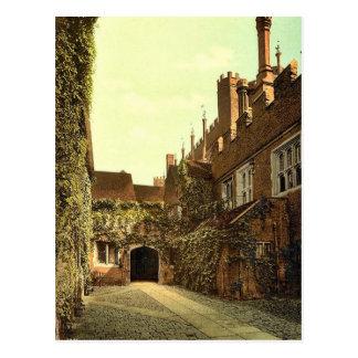 Hampton Court Palace Gateway, London and suburbs, Postcard