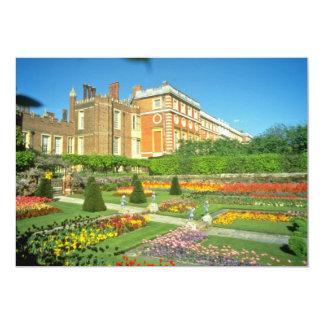 Hampton Court rojo, flores de Surrey, Inglaterra Invitacion Personalizada