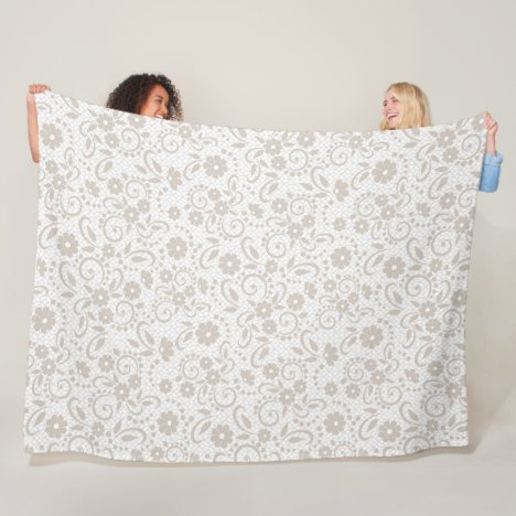 Hampton style field of whimsical daisies fleece blanket