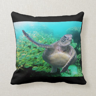 Hanauma Bay Oahu Convict Tangs and Turtle Pillows