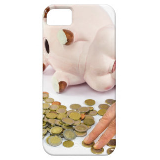 Hand counting euro coins from piggy bank iPhone SE/5/5s case