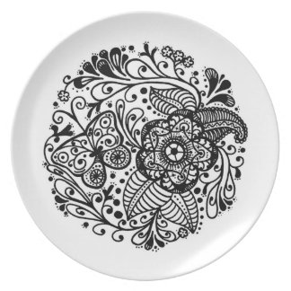 Hand drawn springtime butterfly paisley doodle dinner plate