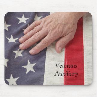 hand on American flag mousepad