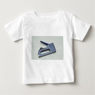 Hand stapler tshirts