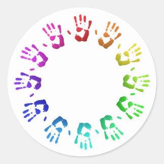 Handprints coloreados pegatinas redondas