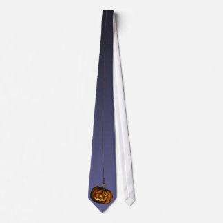 Hanging Pumpkin, tie