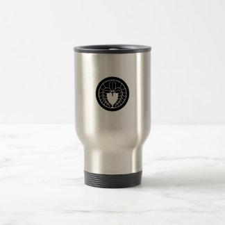Hanging wisteria in circle 15 oz stainless steel travel mug