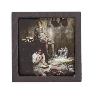 Hansel y Gretel con la torta de chocolate Cajas De Recuerdo De Calidad