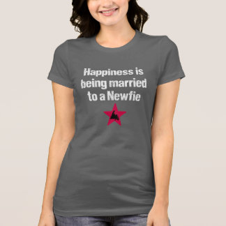 Happiness is being married to a Newfie (white txt) Tshirt