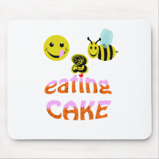 happy2bee eating cake mouse pad