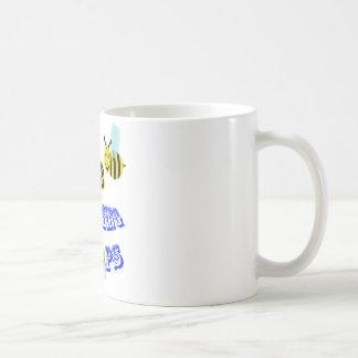 happy2bee shooting hoops coffee mug