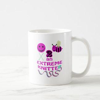 happy 2 bee an extreme knitter coffee mug