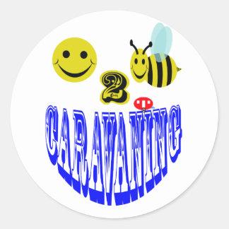happy 2 bee caravaning . classic round sticker