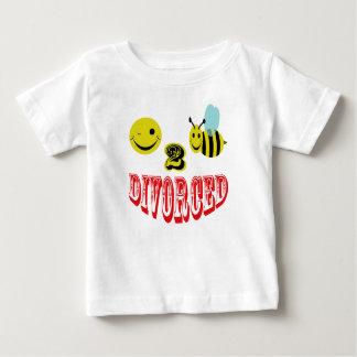 happy 2 bee divorced. t-shirt
