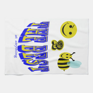 happy 2 bee the best at anything hand towels
