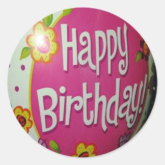 Happy Birthday Balloon w/ Flowers, Balloon Design Classic Round Sticker