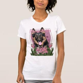 Happy Birthday Mom - German Shepherd - Kuno T-shirt