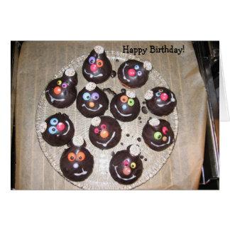 Happy Birthday: Smiling Cupcakes Card