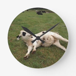 happy cow organic farm round clock