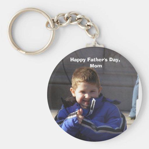 Happy Father's Day, Mom Round Keychain