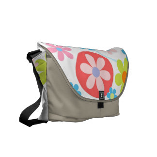 Happy flowers messanger bag