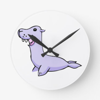 Happy Gray/Grey Cartoon Seal Facing to the Left Round Clock