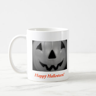 """Happy Halloween"" Mug (for right-handers)"