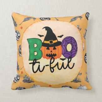 Happy Halloween with ghost pumpkin  Throw Pillow