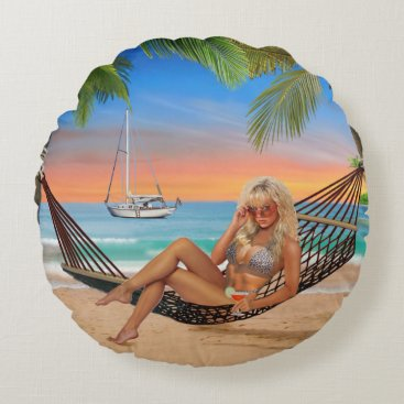 Beach Themed Happy Hour on the Beach Round Pillow