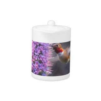 Happy hummingbird teapot