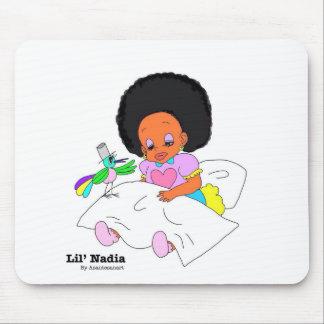Happy&Lovely Lil'l Nadia Tapetes De Ratón