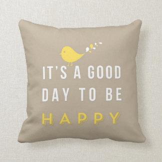 Happy pillow sand