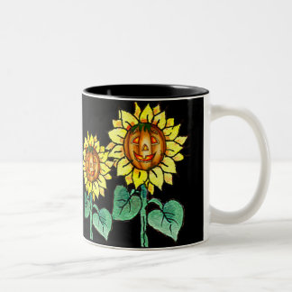 HAPPY PUMPKIN FACE by SHARON SHARPE Two-Tone Coffee Mug