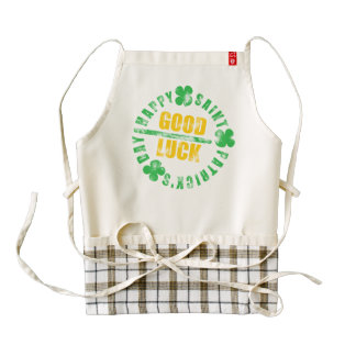 Happy Saint Patricks Day Good Luck Zazzle HEART Apron