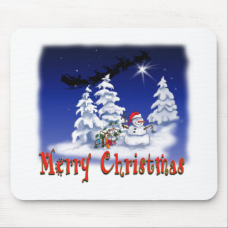 Happy snow man at Christmas time Mouse Pad