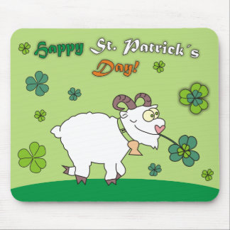 Happy St.Patricks Day Funny Sheep Green Mousepads