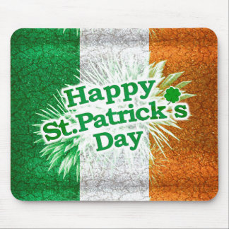Happy St. Patricks Day Grunge Style Design Mouse Pad